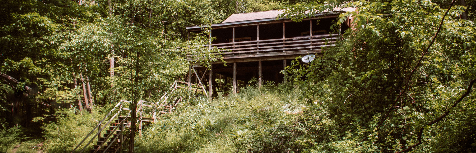 the hillside cabin rental at wyandot woods